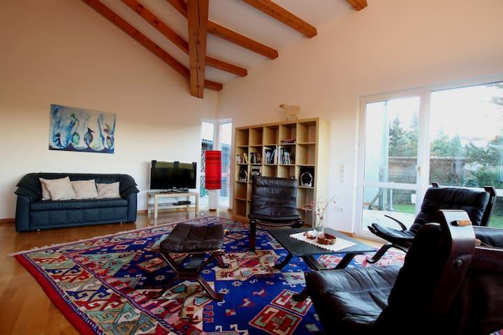 Ferienhaus - ruhig und mit toller Aussicht - Moritzburg - Pensió