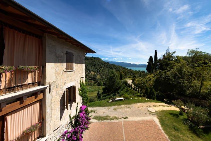 Vista sul lago di Garda - Gardone Riviera - Apartamento