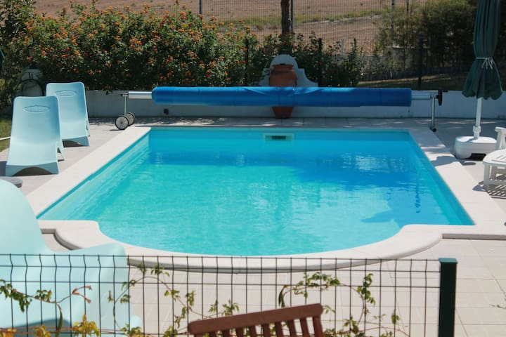 Vacations- House with swimming pool - Moçarria Santarém - Willa