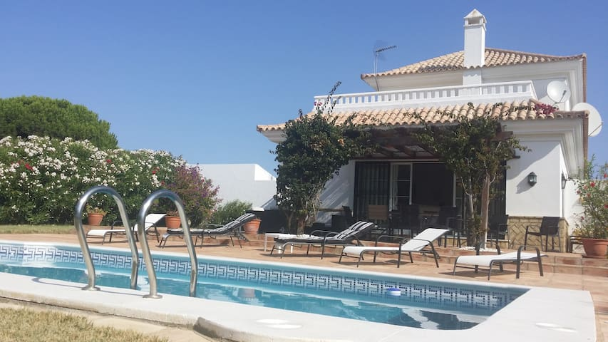 BELLE VILLA INDEPENDANTE PISCINE PROCHE MER GOLF - El Portil - Vacation home