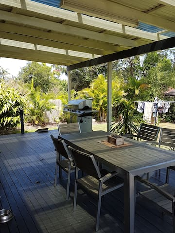 Light and airy. Close to everything - Kincumber