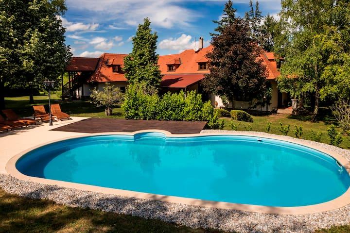 Villa Garda Tihany | Main Villa
