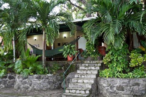 Isleta Tahiti, Granada - As Seen On Island Hunters
