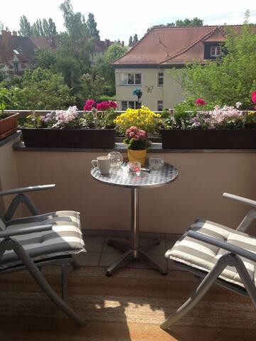 Gemütliche,helle Wohnung mit Balkon - Leipzig