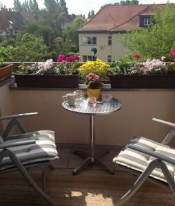 Gemütliche,helle Wohnung mit Balkon - Leipzig - Lejlighed