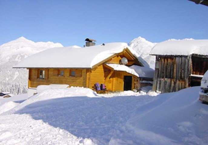 Alpenchalet Österreich Montafon Ferienhaus
