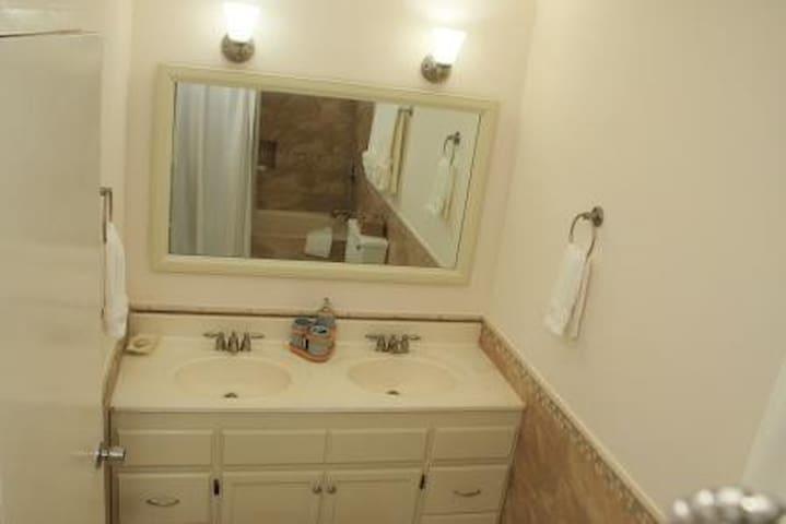 #5 Bathroom