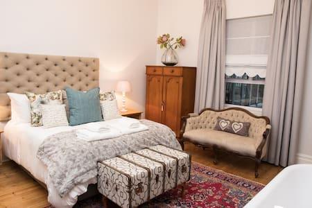 Room 1 - Honeymoon Suite Bedroom