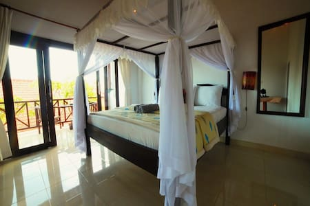 Warung ary and Homestay Room 2 - Karangasem