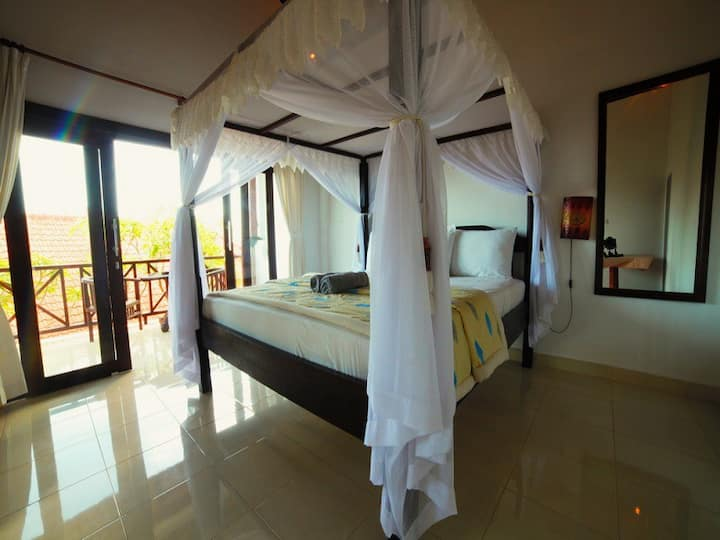 Warung ary and Homestay Room 2