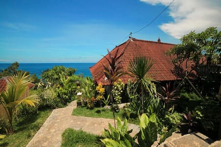 Warung Ary and Homestay Room 3 - Karangasem - Bed & Breakfast
