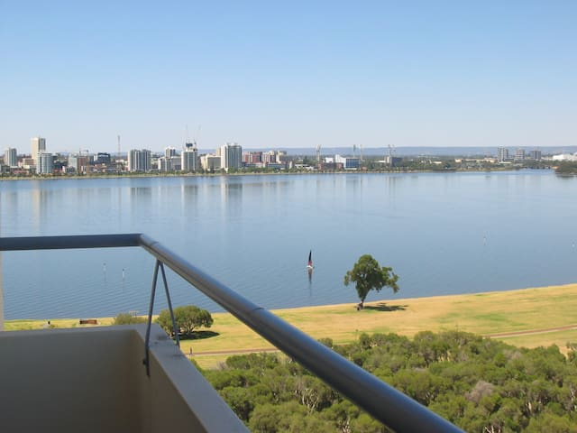 [432] Great Views Over River! - South Perth - Apartment
