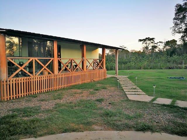 Casa en medio de la Selva Madre