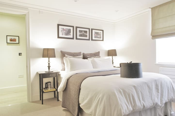 Luxurious Central London Townhouse - Londen - Huis