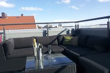 Large private terrace,family friendly