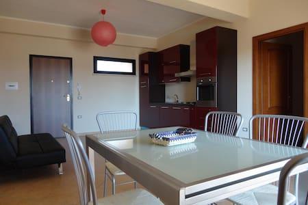 nuovo appartamento vicino al mare