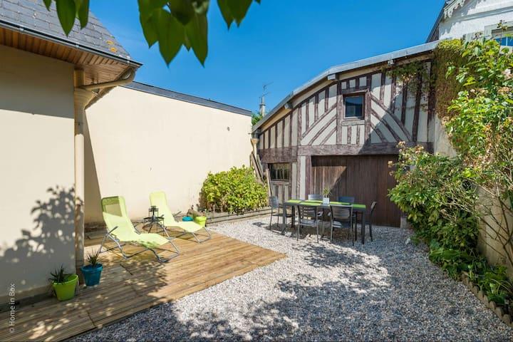 Superbe maison et jardin au cœur de Deauville