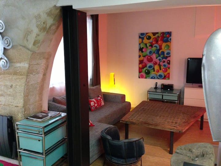 MiNi LoFt EcuSson UltrA CentrE