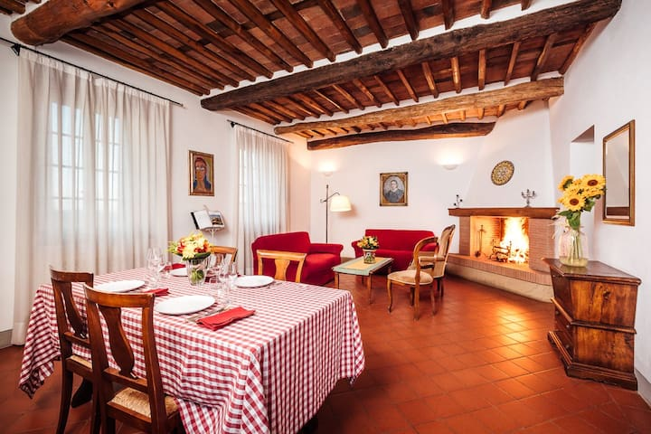 Antique Farmhouse Hills Lucca - Capannori - Appartement