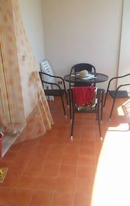 Appartamento a pochi metri dal mare - Botricello