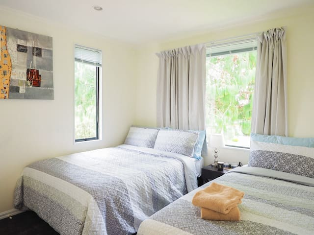 Newly furnished Triple bedroom for a low priced