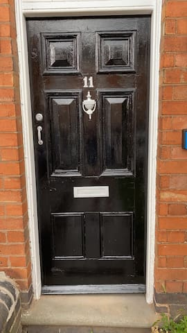 Comfy Two Bedroom House Worcester City