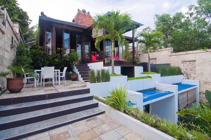 Ocean-Villa Alcheringa Yogyakarta - Kretek