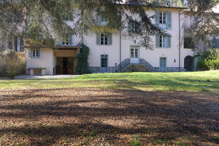 Teresa Riverside house - for 5