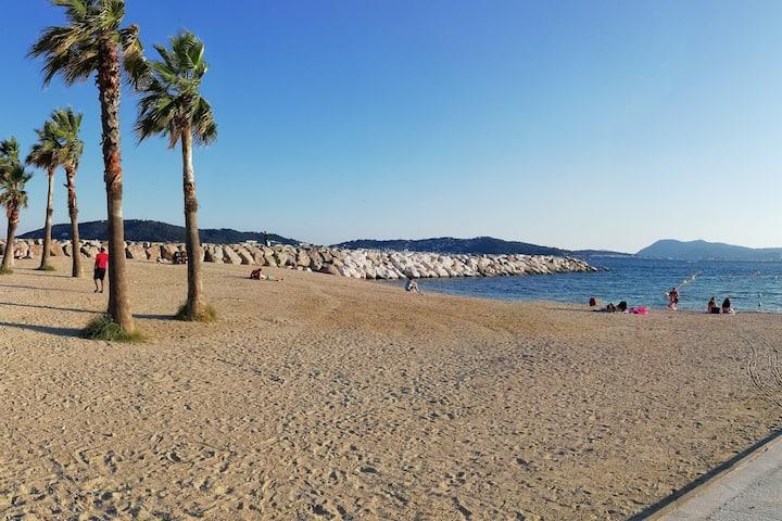 Nice room near the Mourillon beach - Toulon