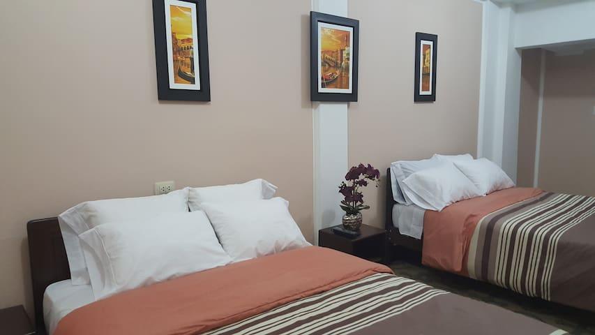 Habitación doble con baño Abancay - Apurimac- Peru