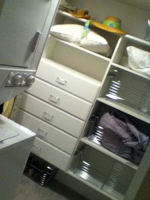 walk -in closet