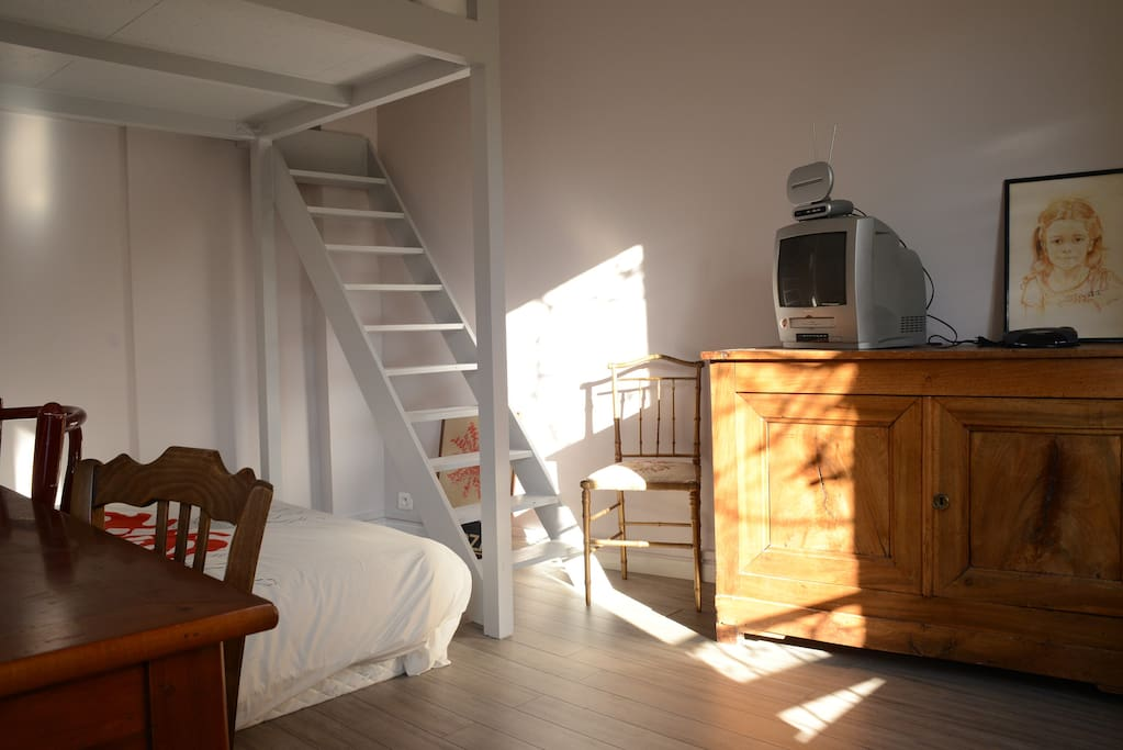 Room N° 2 with a dble bed and a dble mezzanine bed