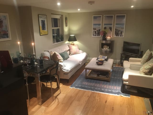 A 2 bed, 2 bathroom flat in Chelsea - Londres - Apartamento