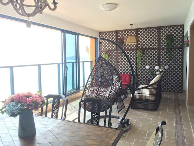 双月湾地区离海最近的高层超豪华海景两房度假公寓 - 惠州市
