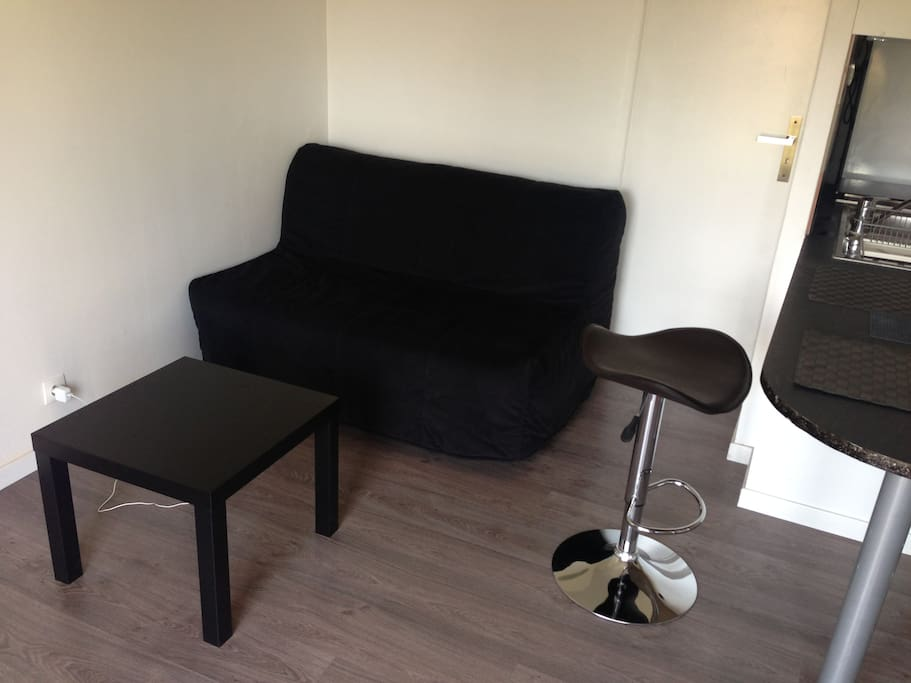 Studio 20m2 meubl enti rement flats for rent in for Donne meuble ile de france