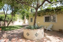 Private Mediterranean Guesthouse in Great Locale