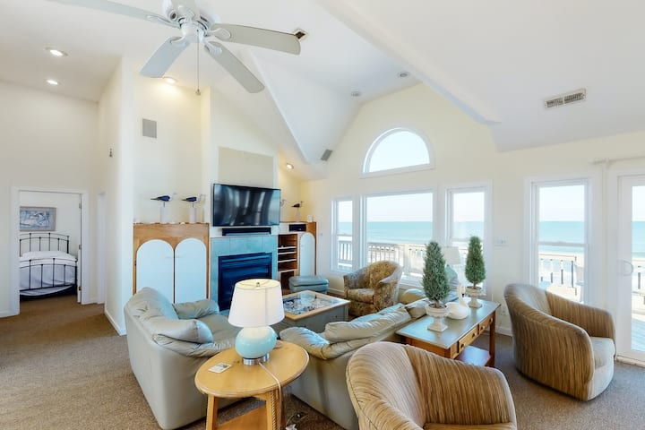 Oceanfront Corolla w/ Private Pool, Hot Tub & Rec Room w/ Pool Table