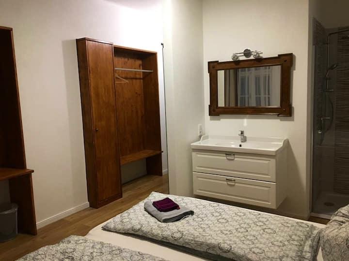 Schönes, neu renoviertes Zimmer in WOLFSBERG !!