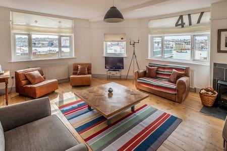 Stylish waterside apartment