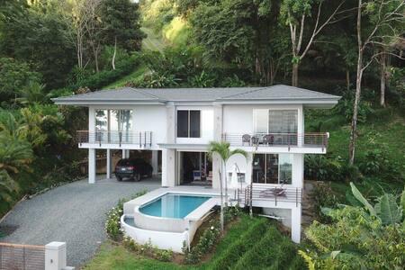 Casa Alma Pacifica