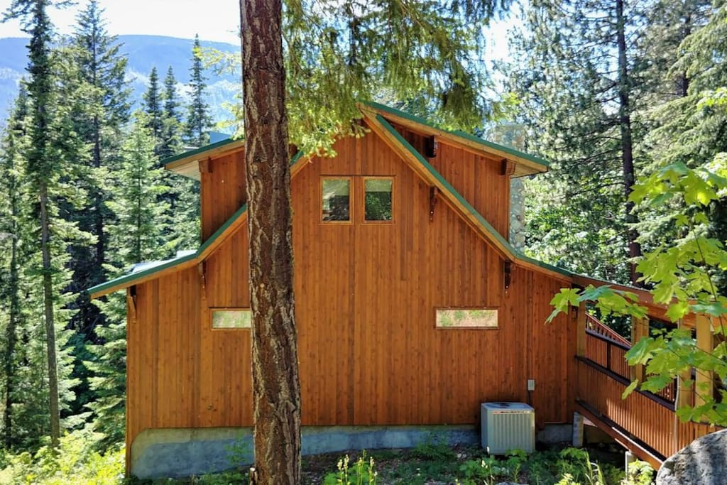 This stunning mountain home is tucked into the hills above Lake Wenatchee.