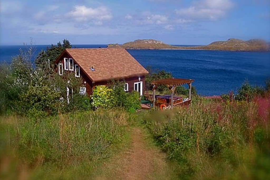 Beachside cottage nl cottages for rent in burnt cove for Cabins in newfoundland