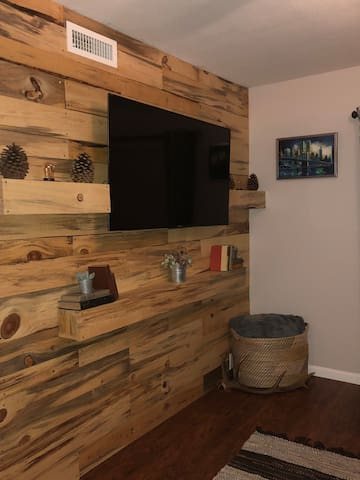 Wood accent wall built using local ponderosa pine