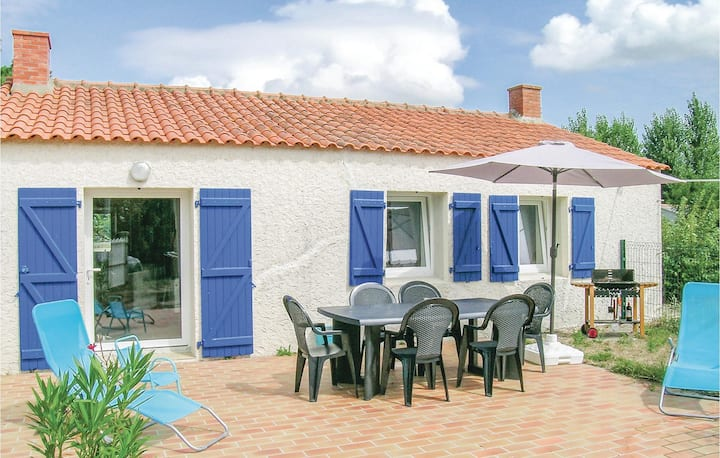 Stunning home in St Urbain with WiFi and 1 Bedrooms