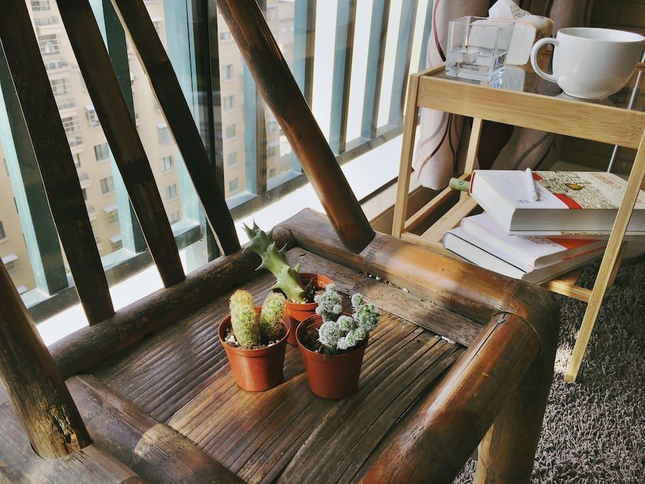 早晨的阳光,读书,音乐,瑜伽都很美好