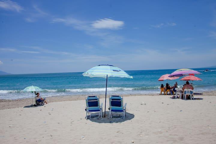 4-5 MINUTES WALKIN PROPERTY FROM BEACH N BOARDWALK