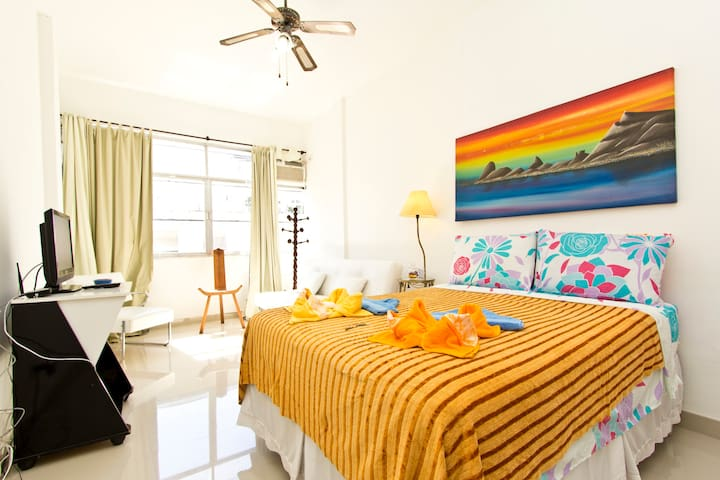 SALE!1BR Close to all in Copacabana
