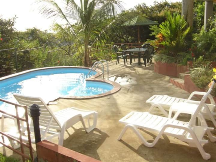 Private home and pool! Great views!