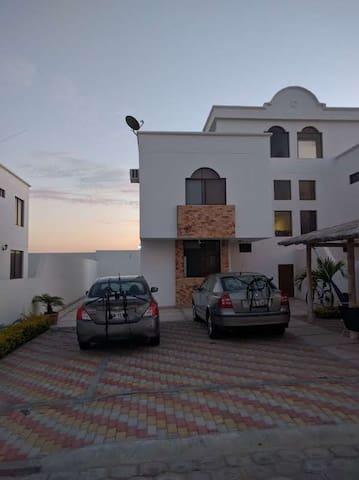 Villa en San Pablo a 20 min de Montañita - San Pablo - Talo