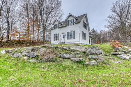 Charming home w/ mountain views & pond across the street - near skiing!